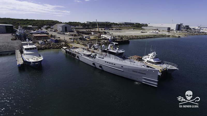 La nave Ocean Warrior impegnata nella Campagna Nemesis