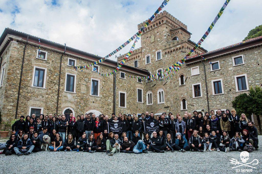 Per il secondo anno consecutivo, l'incontro di Sea Shepherd Italia si é svolto presso l'Istituto Lama Tzong Khapadi Pomaia (Pisa)