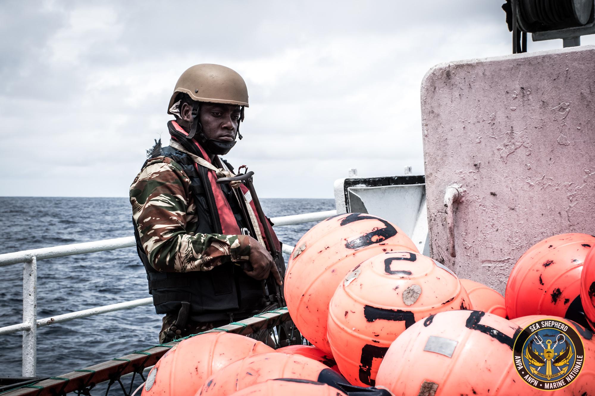 Marines gabonesi e Guardia Costiera di São Tomé